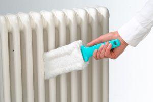 Quitar el polvo del radiador