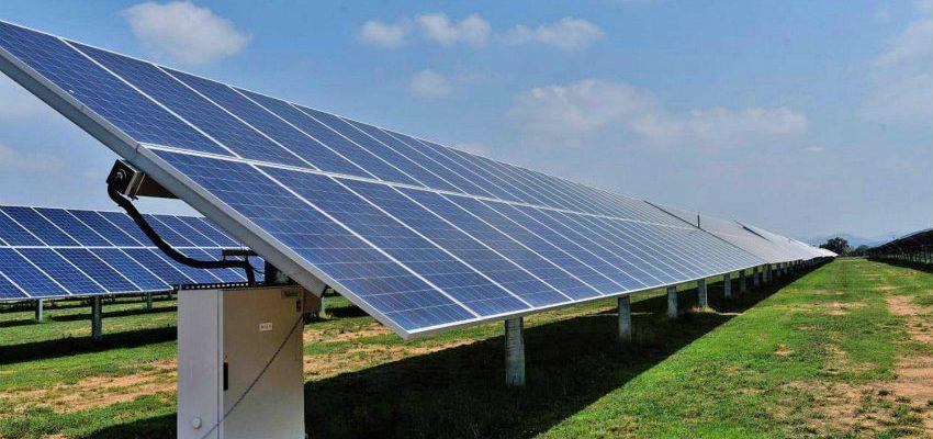 instalar paneles solares inclinados