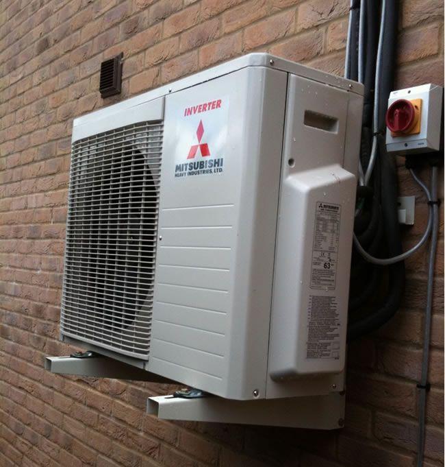 unidad exterior de aire acondicionado